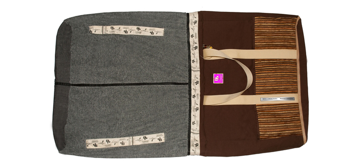 Brown Stripes - Handtuch - PurPocket